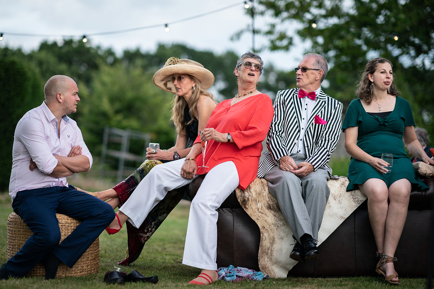 Wedding Guests in the Country Reportage Photographer